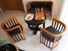 Josef Hoffmann, Salon Set No. 423 F/C,Fledermaus Möbel ,Thonet, J. & J. Kohn, 1906