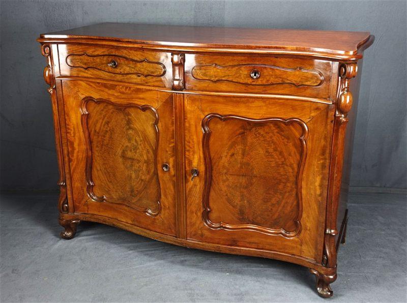 antiquit ten und kunstgegenst nde. Black Bedroom Furniture Sets. Home Design Ideas